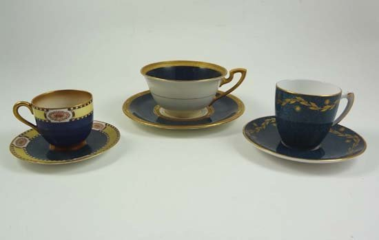 361: A collection of 3 Worcester cups and saucers with