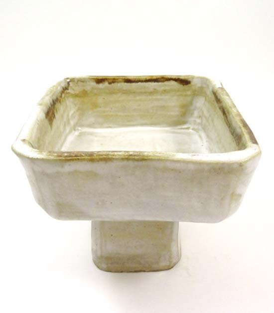 An early 20thC Japanese squared studio tazza decorated