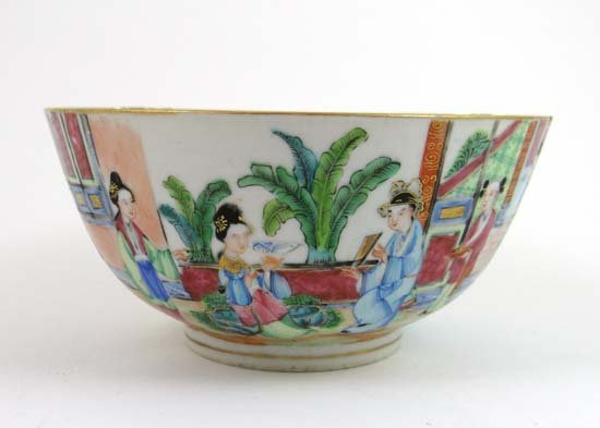 "A 18th / 19thC Cantonese Famille Rouge bowl. 5 1/2"" dia"