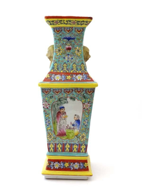 A large Chinese vase of square shape Guangxu Period,