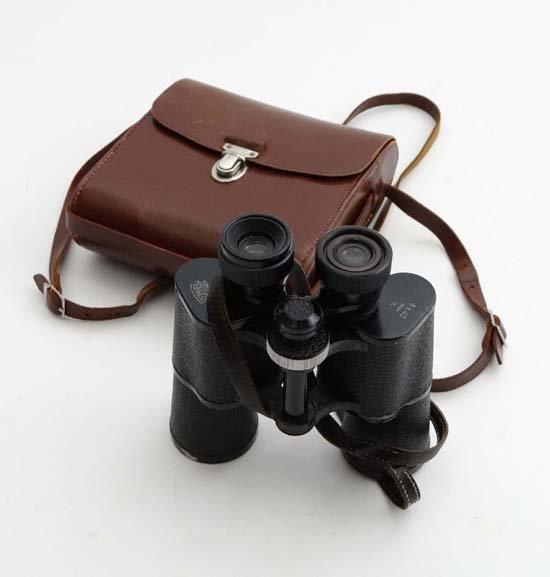 Binoculars : A pair of 8x40 binoculars by Steinheil,
