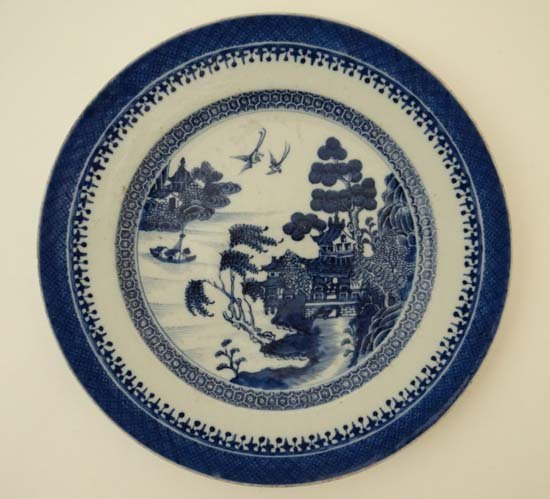 An early 19thC blue and white transfer printed plate