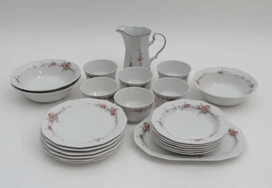 A quantity of Bavarian porcelain Winterling 'Raphaela'