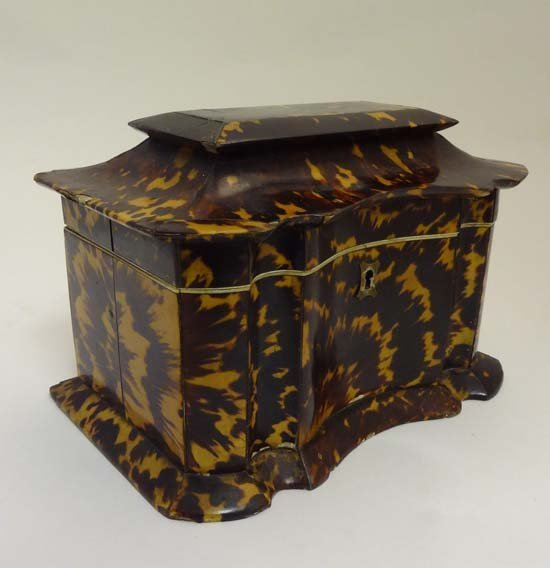 Tortoiseshell Tea Caddy : A William IV Tortoise shell