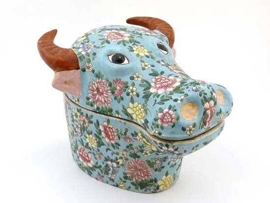 A Chinese novelty covered tureen in the form of an Ox