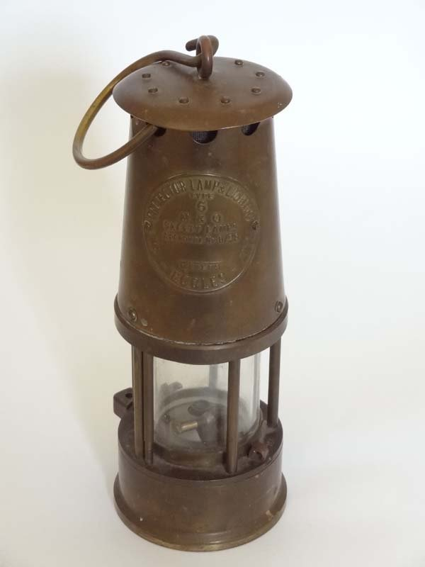 The protector lamp and Lighting Co ltd Eccles : A Type