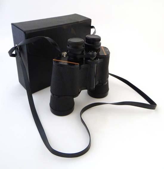 Binocular : A vintage cased pair of Prinz 10x50 field