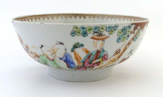 An 18thC Chinese famille rose porcelain bowl, decorated