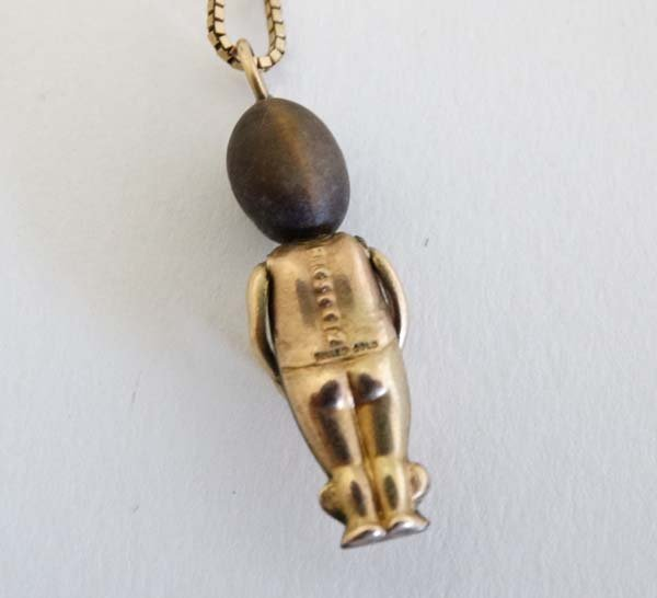 Fumsup Lucky Charm Necklace : A 9ct gold necklace with - 2