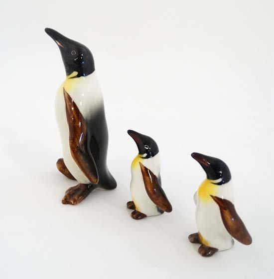 Set Of 4 Beswick Penguins Birds Beswick