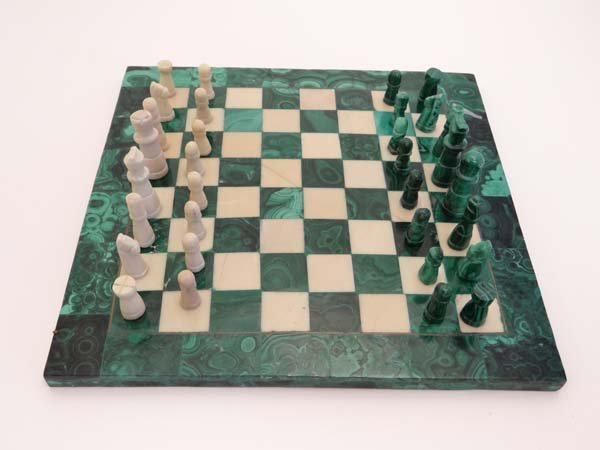 A Malachite and alabaster chess board and chess pieces. - 2