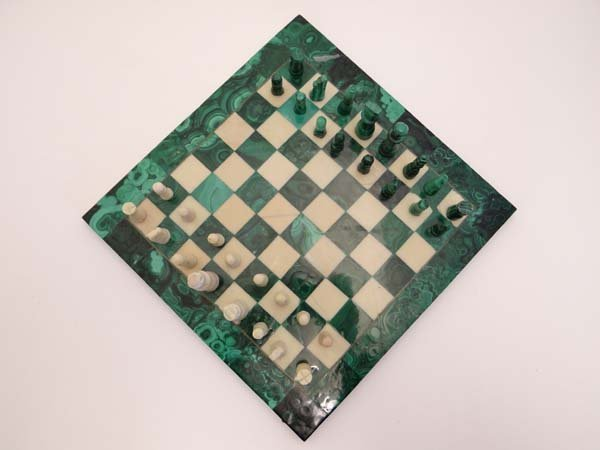 A Malachite and alabaster chess board and chess pieces. - 3