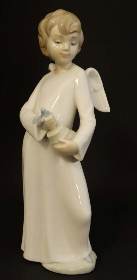 A Nao by Lladro '' Angel'' figurine. Factory marks to