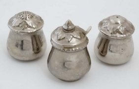 A 1940s Royal Worcester 3 Piece Silver Lustre Cruet
