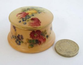 A C1904 Royal Worcester Blush Ivory Miniature Pot And