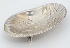 Tiffany & Co : A Sterling Silver Clam Shell Formed Dish