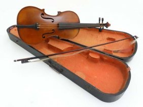 Musical Instruments : An Early 20thc 3/4 Size Student's