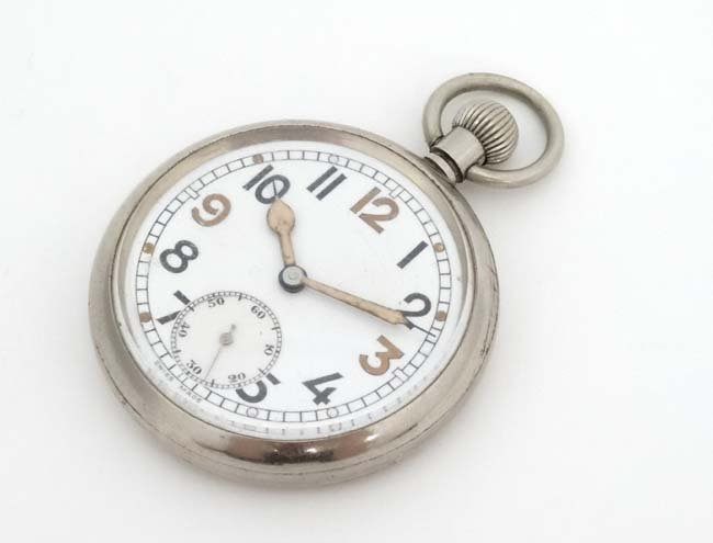 Military Pocket Watch : a Top Wind nickel cased MOD - 3