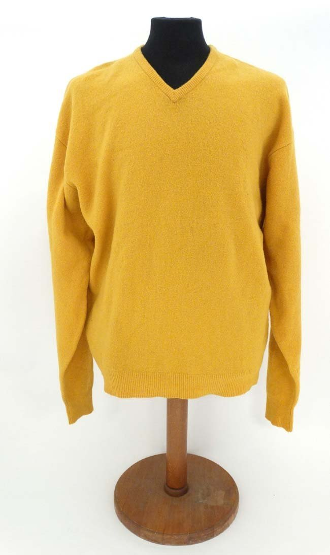 Laksen mustard jumper, 65% merino, 27% nylon, 5%