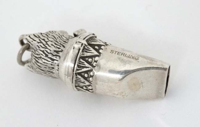 Sporting Cat : A novelty silver whistle with cat head - 2