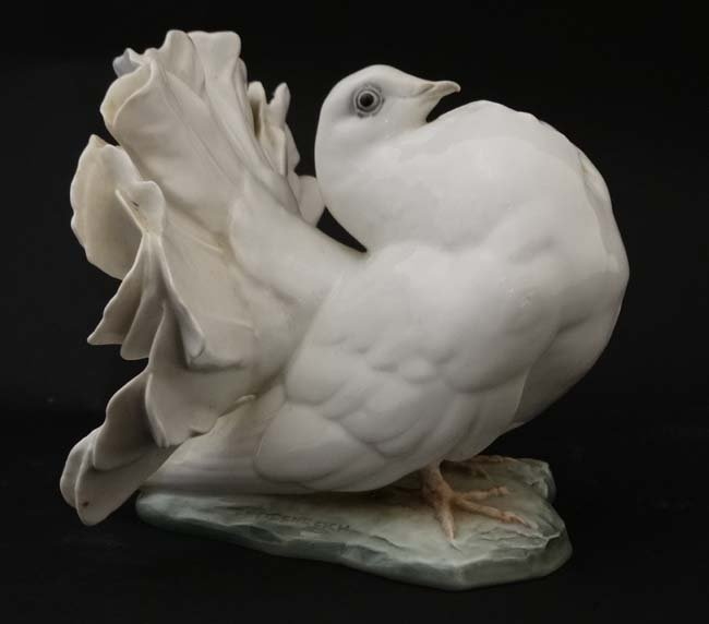 Two Rosenthal , German figure groups of fantail pigeons - 10