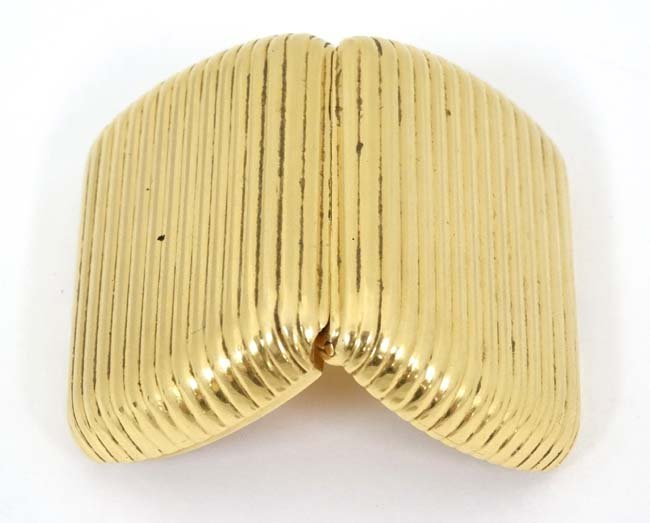 .18 KT Fred Paris box : a .750 sprung hinge reeded box - 3