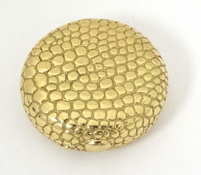 18ct Tiffany & Co  box : an Italian 18 ct Hinge lidded