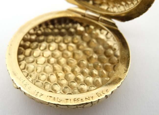 18ct Tiffany & Co  box : an Italian 18 ct Hinge lidded - 3