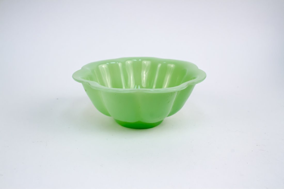 A Fine Jadeite Green Lotus Style Peking Glass Bowl, 18t