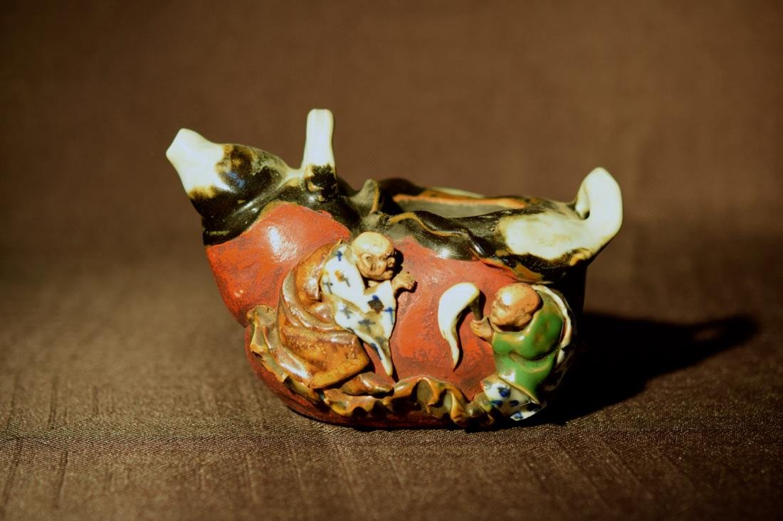 Japanese Sumidagawa Porcelain Teapot - no cover