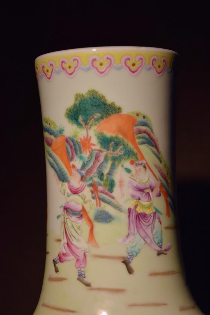 Large Chinese Famille Rose Porcelain Vase - 6