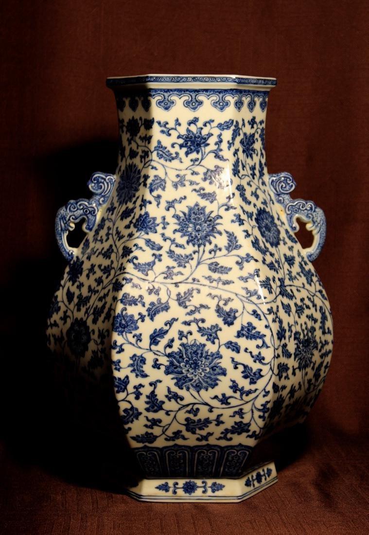 Chinese Blue White Porcelain Hexagonal Vase