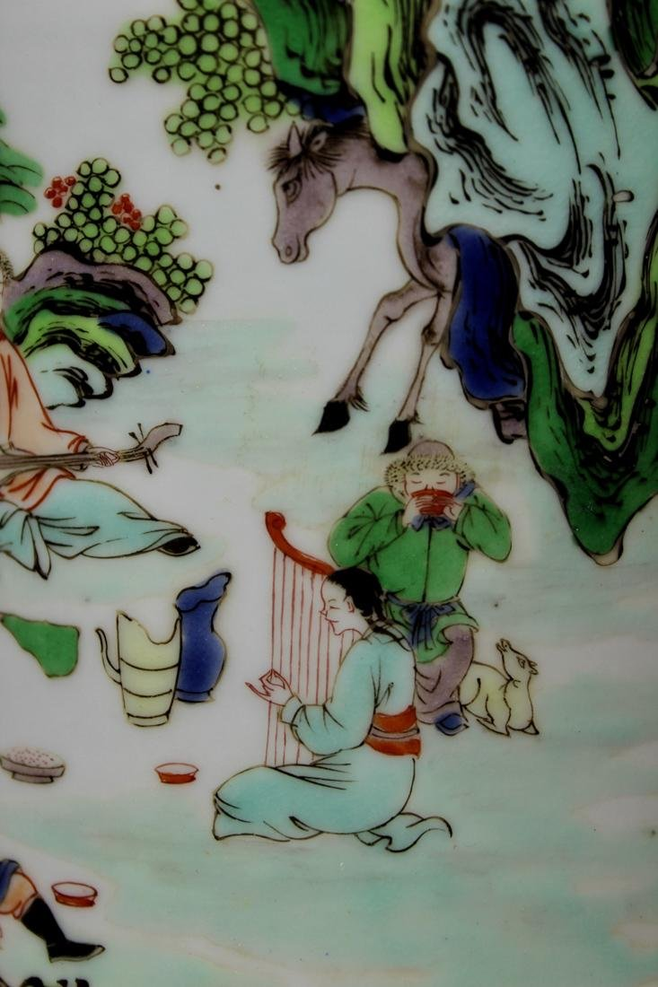 Chinese Wucai Porcelain Brushpot - Qing Court Officer - 2