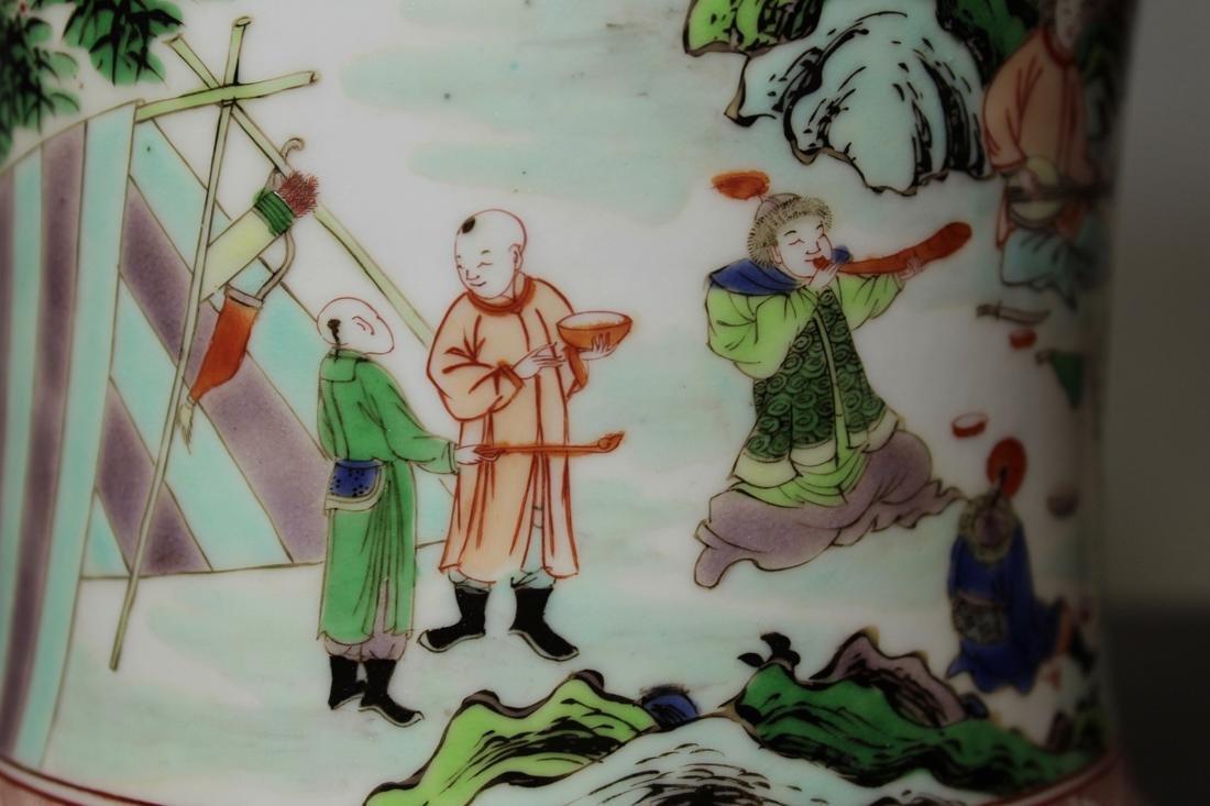 Chinese Wucai Porcelain Brushpot - Qing Court Officer - 4