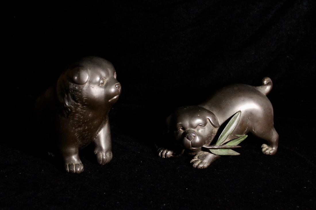 Two Japanese Bronze Puppy by Tsunenobu