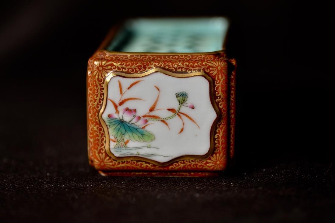 Chinese Porcelain Criket Holder - 4