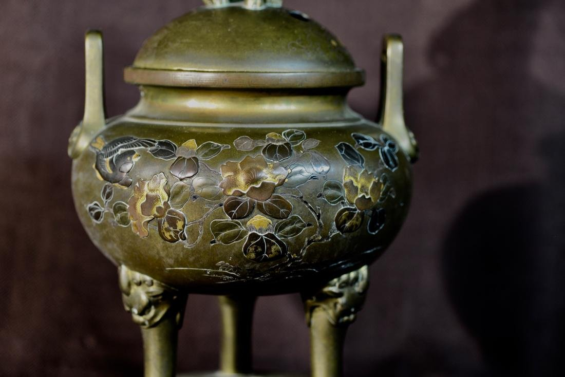 Japanese Mixed Metal Bronze Censer with Foolion Finial - 9
