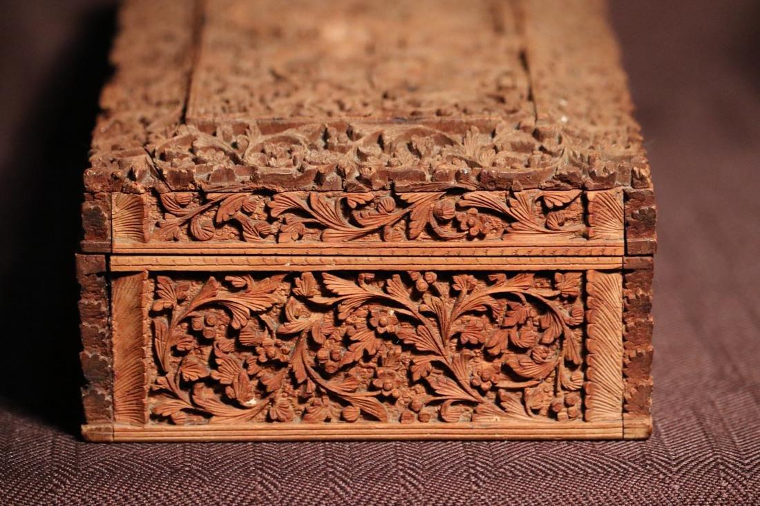 Indian Sandle Wood Box with Figural Scene - Albert - 6
