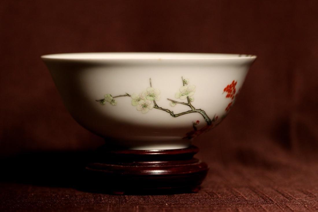 Chinese Porcelain Bowl with Wood Base - Albert Gallatin - 5