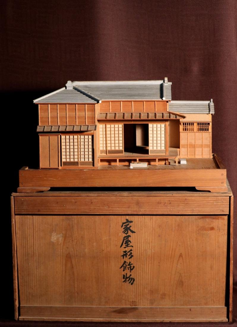 Rare Japanese Traditional House Model with Presentation