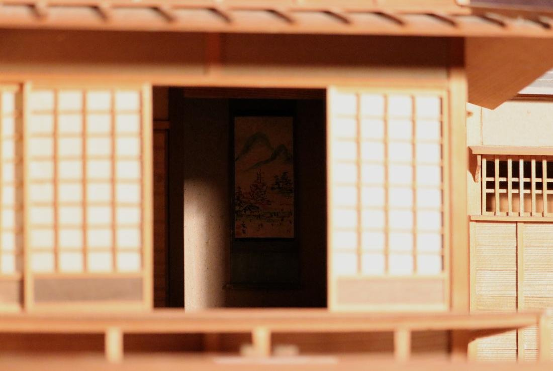 Rare Japanese Traditional House Model with Presentation - 3