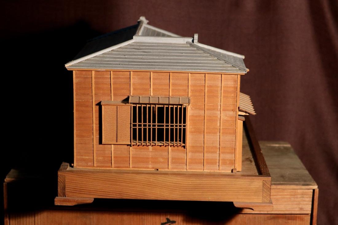 Rare Japanese Traditional House Model with Presentation - 7