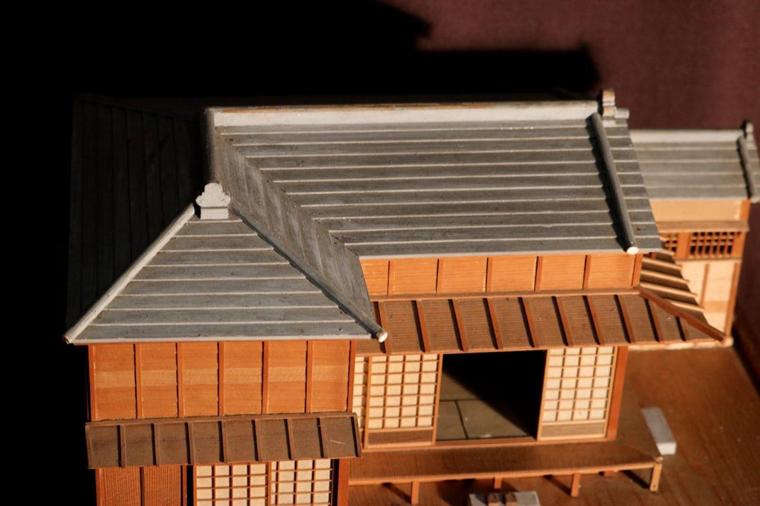 Rare Japanese Traditional House Model with Presentation - 9