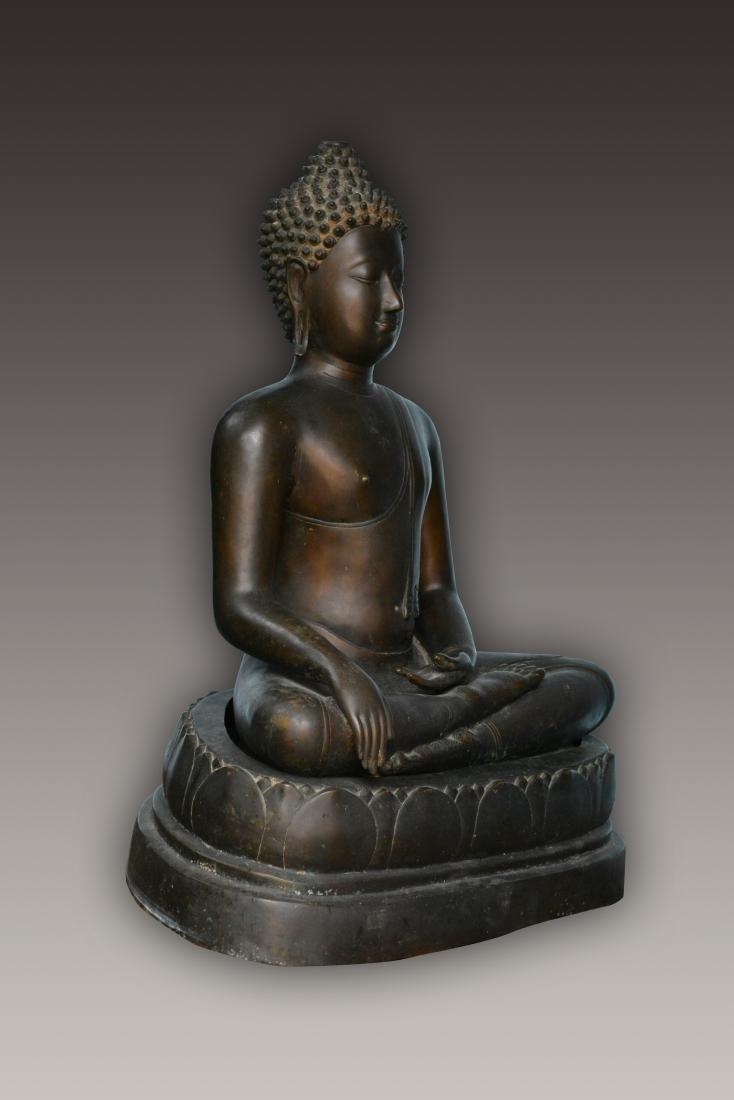 Important Thai Seated Bronze Buddha - 2