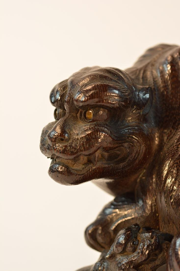 Fine Japanese Carved Wood Tiger Okimono - 3