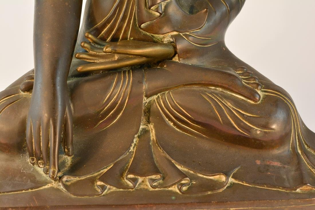 Large Thai Bronze Seated Buddha with Inscription - 4