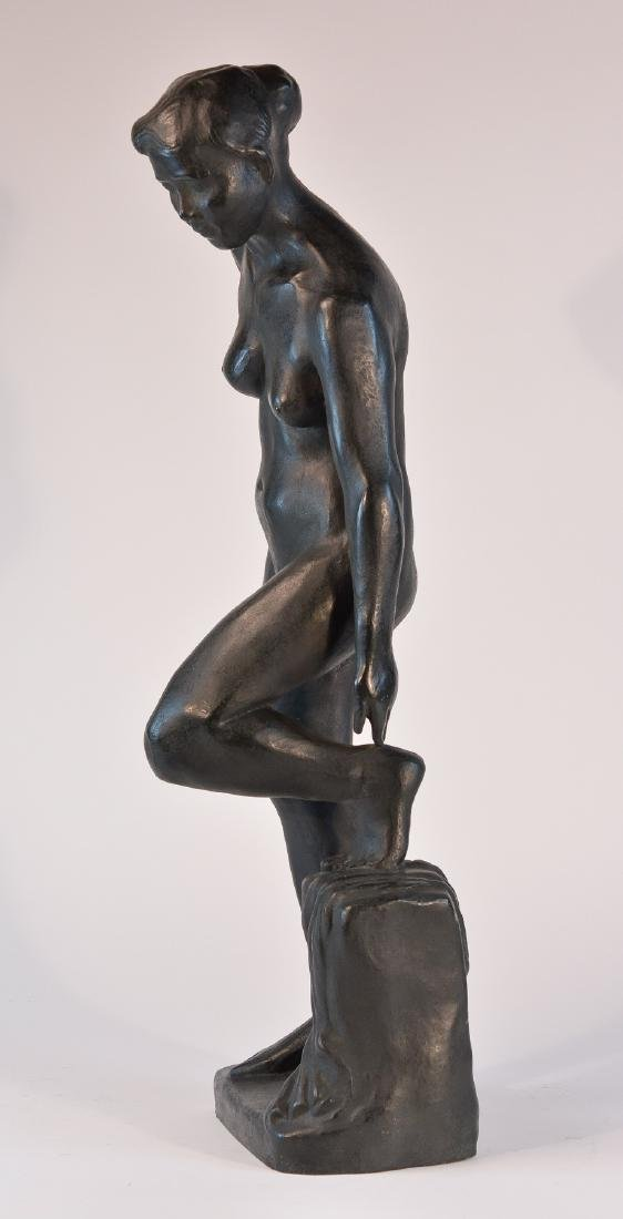 Important Japanese Bronze Sculpture of a Women - 6