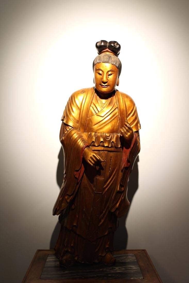 Large Chinese Lacqured Wood Kuanyin - 2