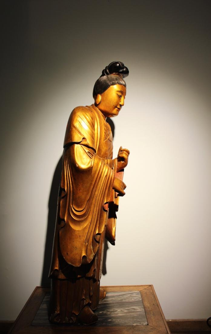 Large Chinese Lacqured Wood Kuanyin - 7