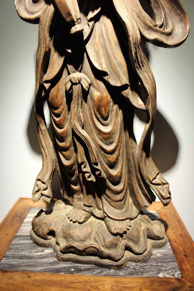 Large Chinese Wood Kuanyin with Lacquer - 4